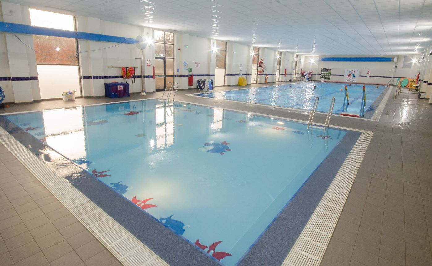 2 pools at Dronfield Sports Centre